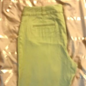 Green fitted slacks 90%cotton wide leg